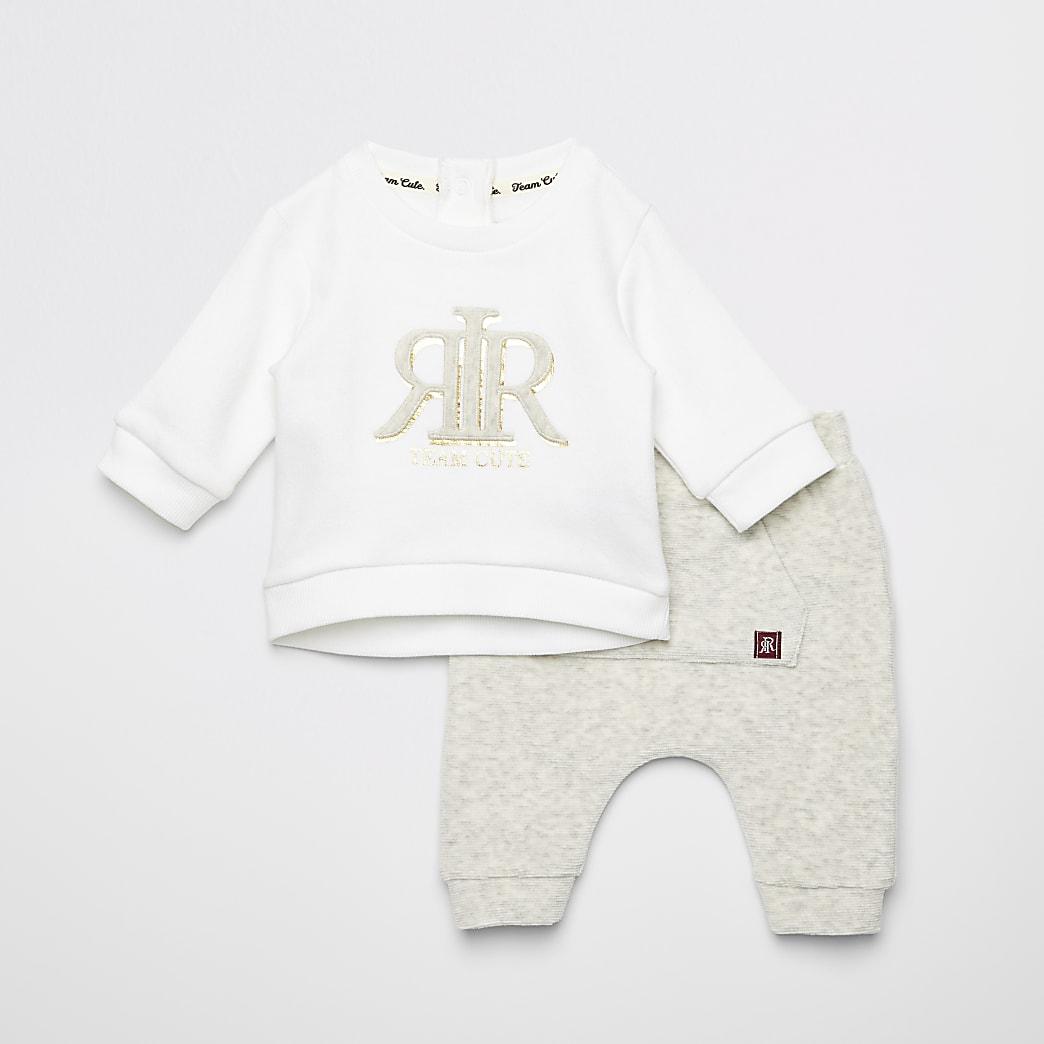 Baby cream RVR embossed sweatshirt outfit