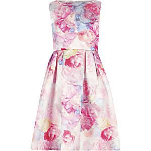 Chi Chi London – Ohanna – Pinkes, geblümtes Kleid