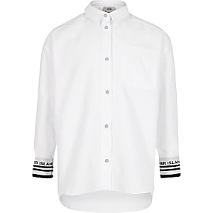 Weißes Hemd mit Manschetten