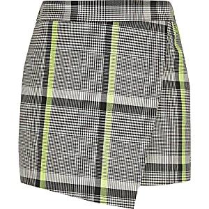 Jupe-short à carreaux noire et blanche pour fille