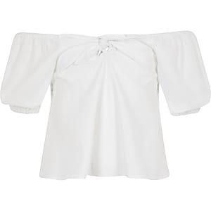 Witte top met strik voor en bardothalslijn voor meisjes