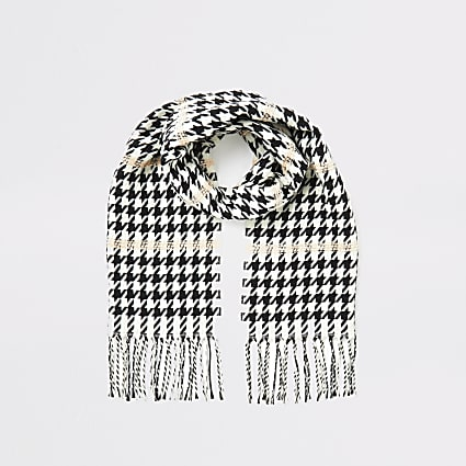 Girls black dogtooth contrast stitch scarf