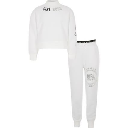 Girls white 'Girl boss' sweatshirt outfit