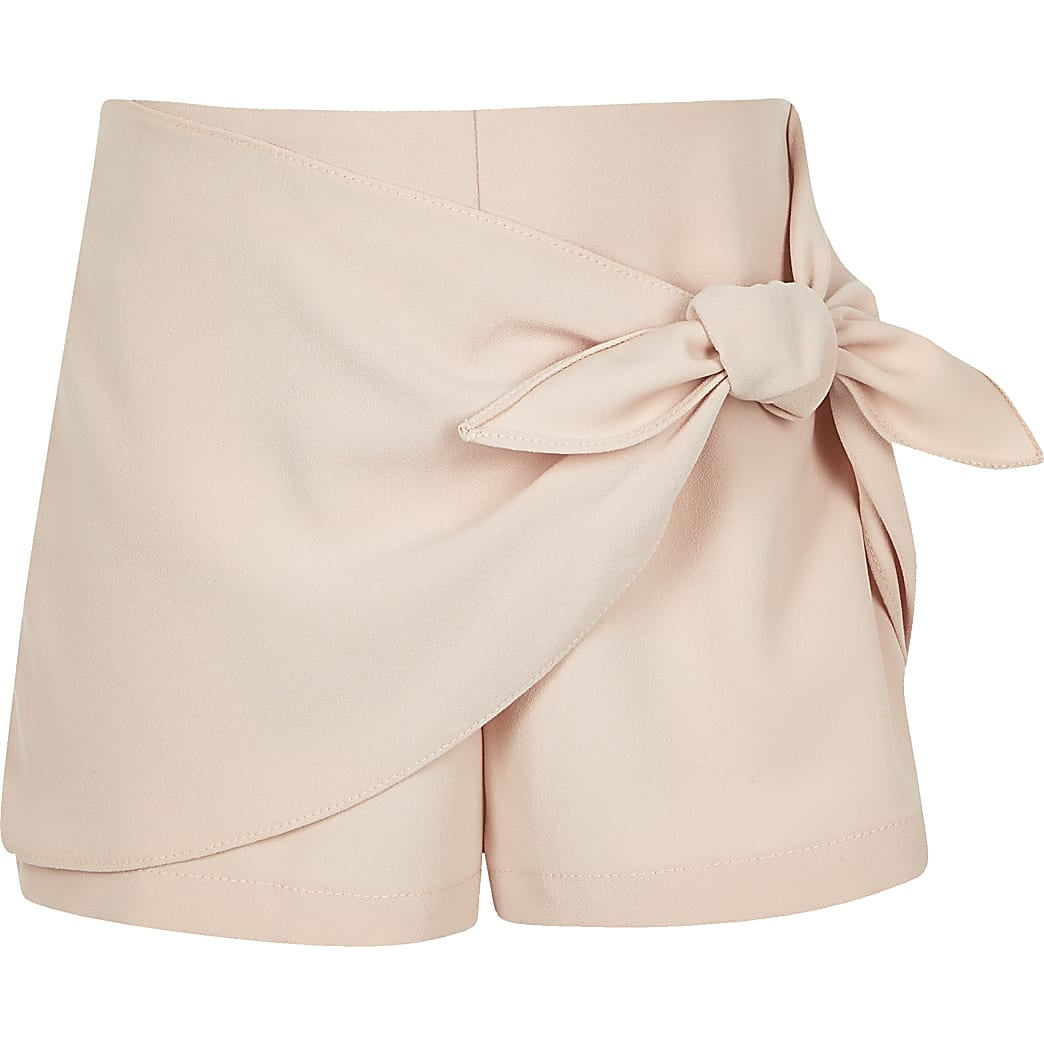 Girls pink bow front shorts