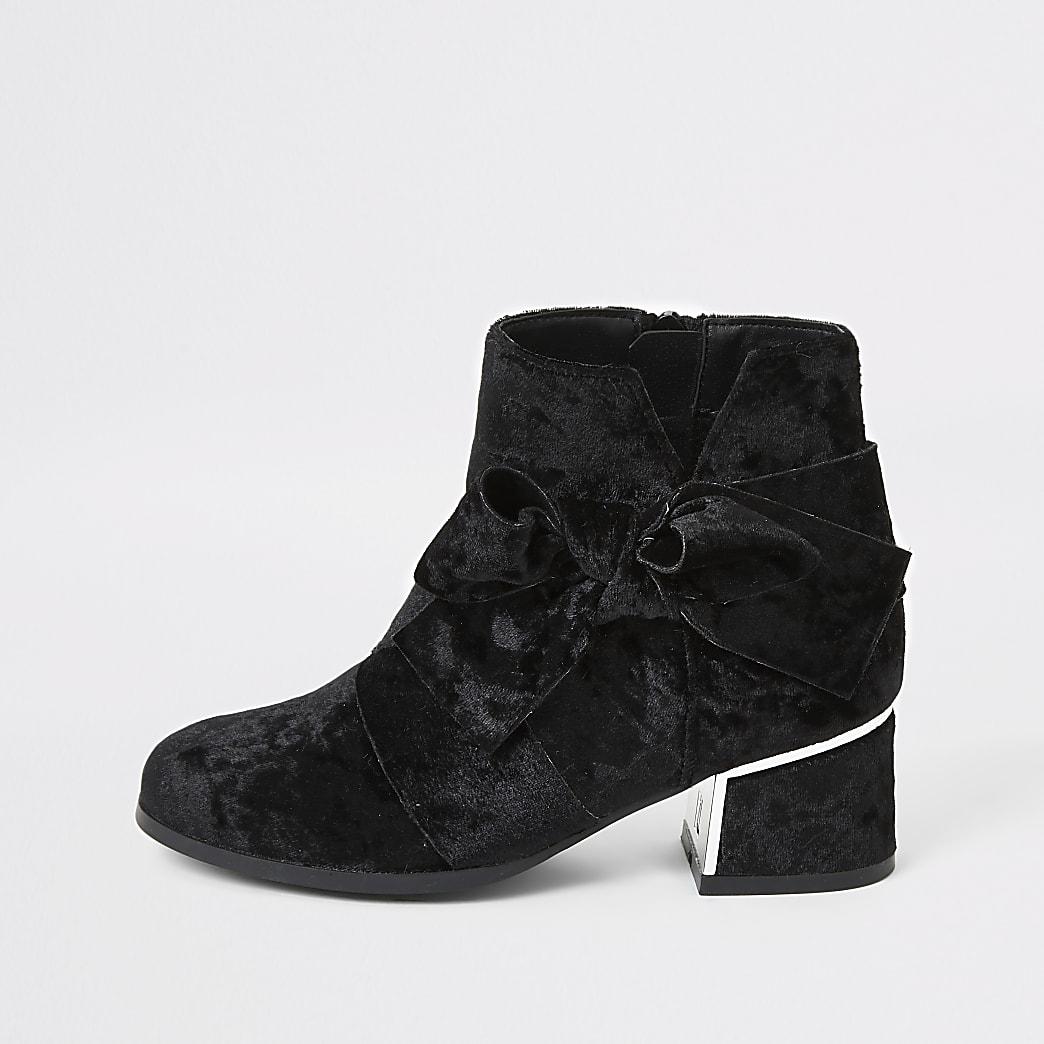 Girls black velvet bow heel boots