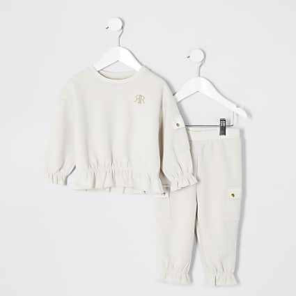 Mini girls beige utility sweatshirt outfit