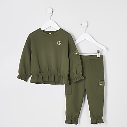 Mini girls khaki utility sweatshirt outfit