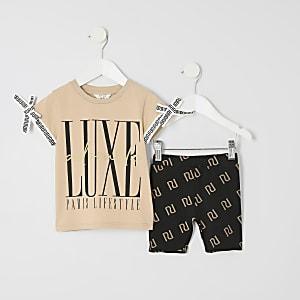 f7169db742668 Mini girls biege 'luxe' print T-shirt outfit