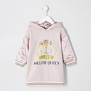 Robe sweat à capuche « #selfie queen » rose Mini fille