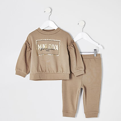 Mini girls beige frill sweatshirt outfit