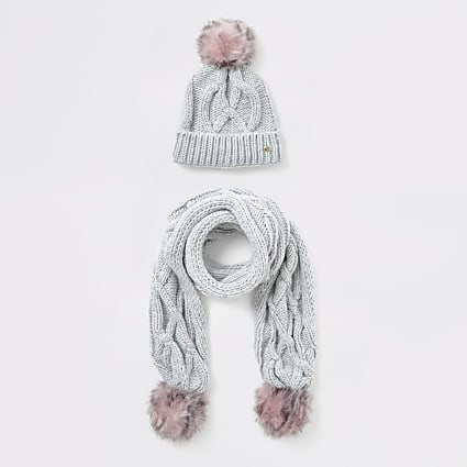 Girls grey cable knit hat and scarf set
