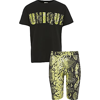 Girls black snake print T-shirt outfit
