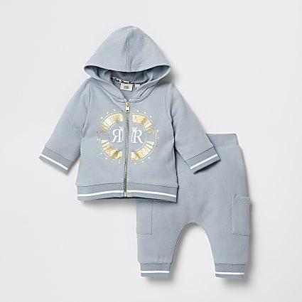 Baby blue zip through sweatshirt outfit
