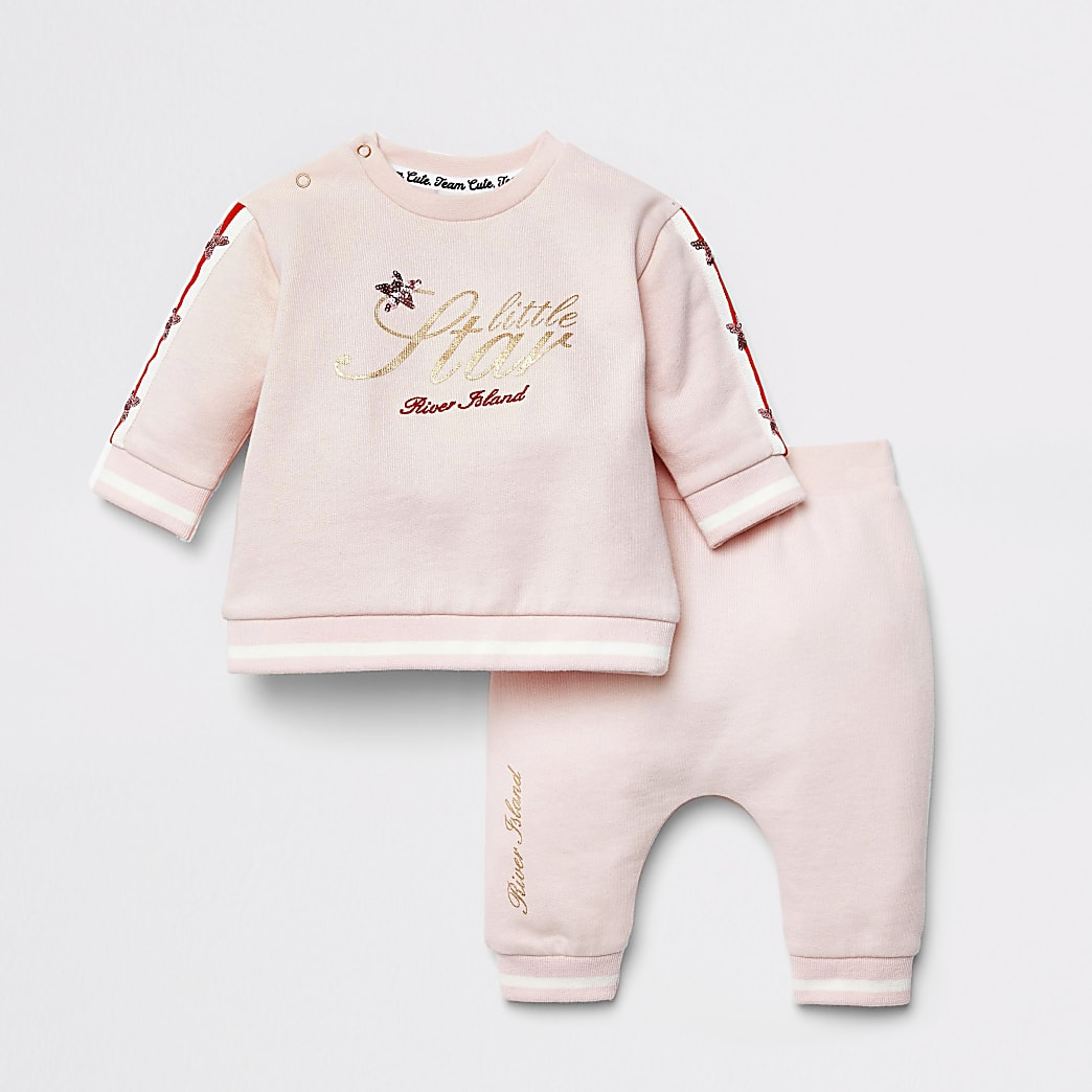 Baby pink 'Little Star' sweatshirt outfit