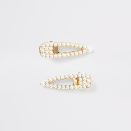 Girls white pearl clip