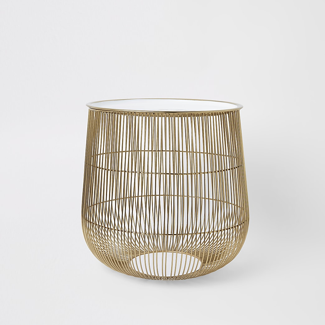 Large wire basket table with white lid