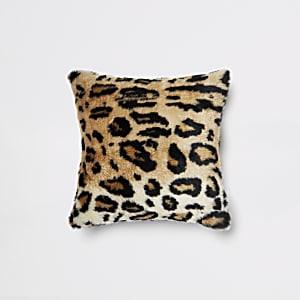 Coussin en fausse fourrure imprimé léopard