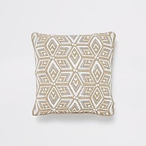 Coussin marron clair et blanc à motif géométrique et perles