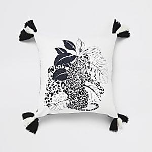Weißes Kissen mit Leopardenprint