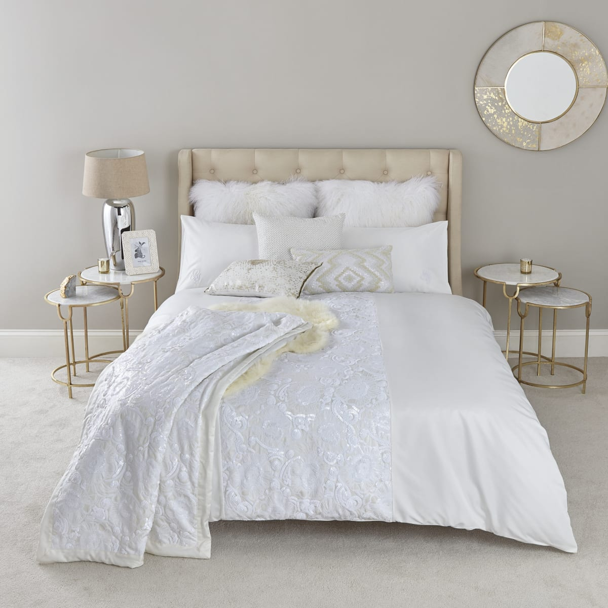 Kingsize-Bettdecken-Set in Creme mit Pailletten