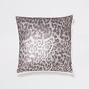Kissen in Creme mit Leoparden-Print