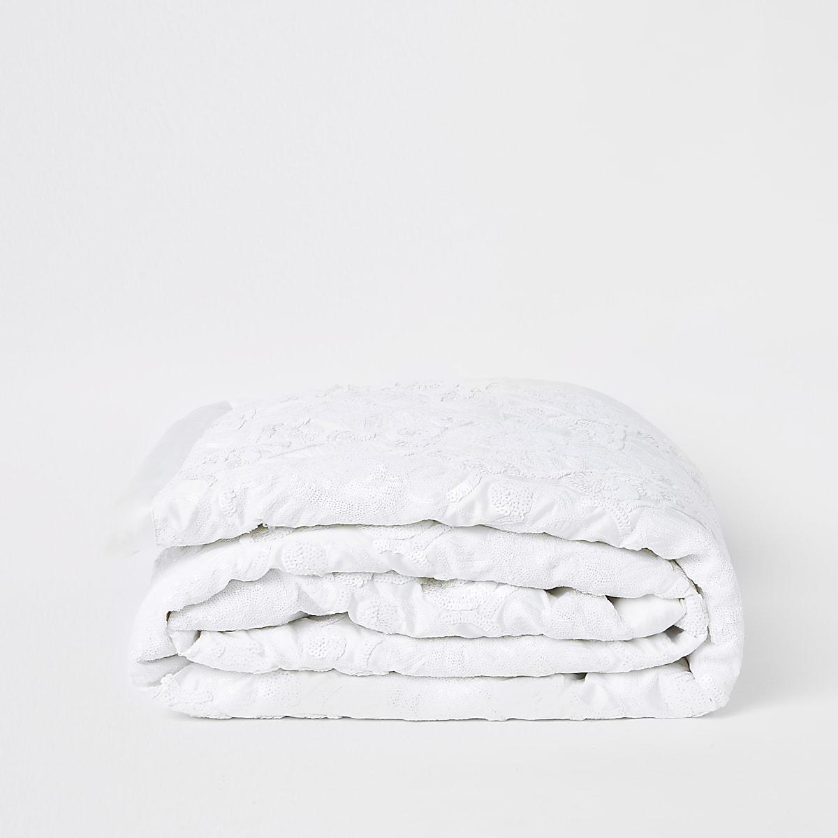 Cream white on white sequin runner