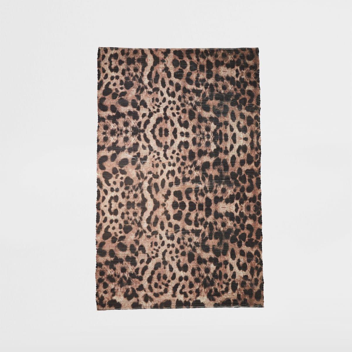 Gerecycled klein bruin vloerkleed met luipaardprint