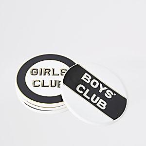 Multipack zwarte onderzetters met 'Boys/girls club'-print