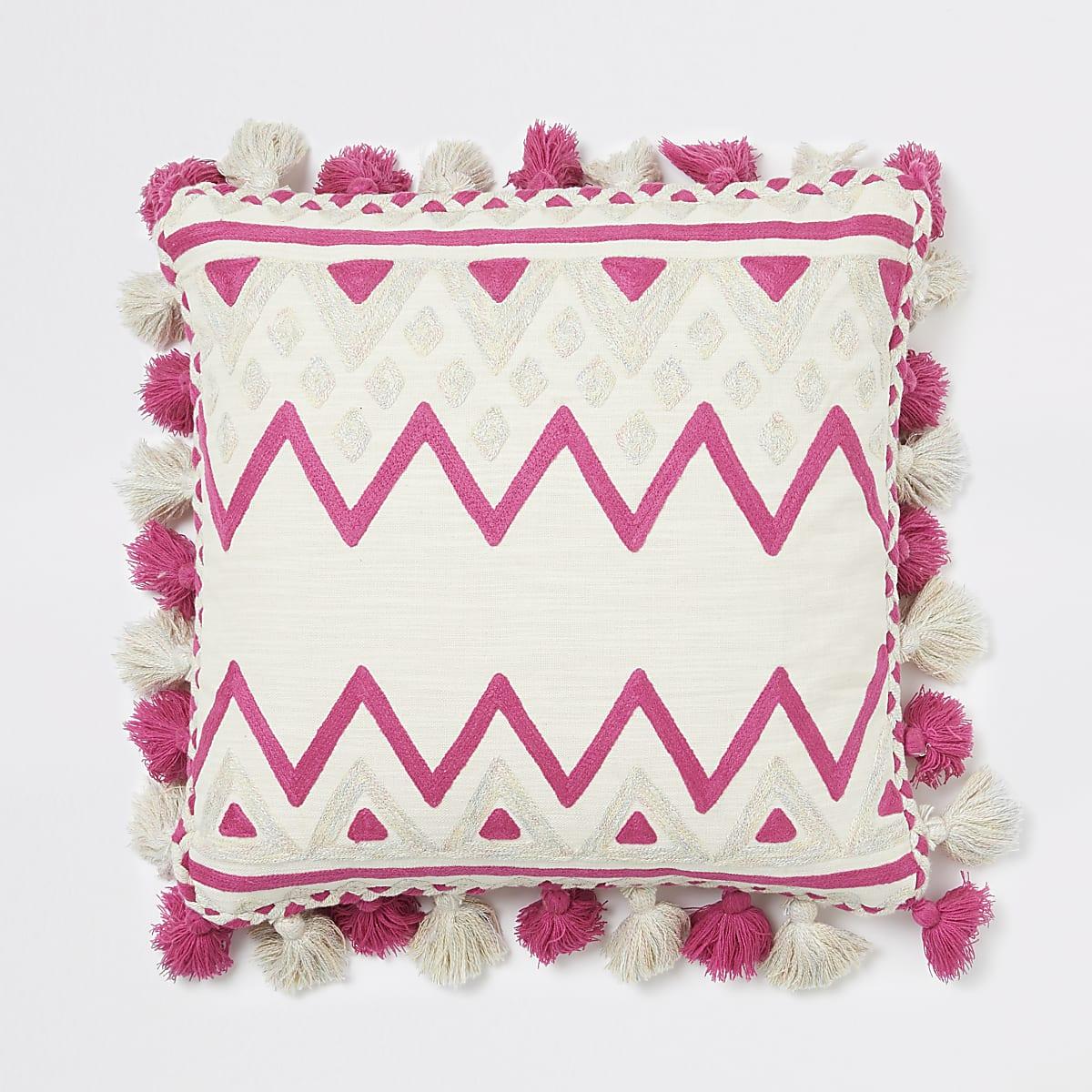 Roze oversized vierkant kussen met verschillende prints