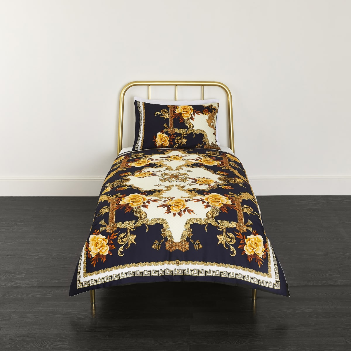 Blue ornate print single duvet bed set