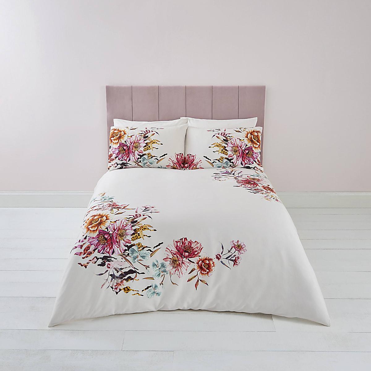 Pink floral print king duvet bed set