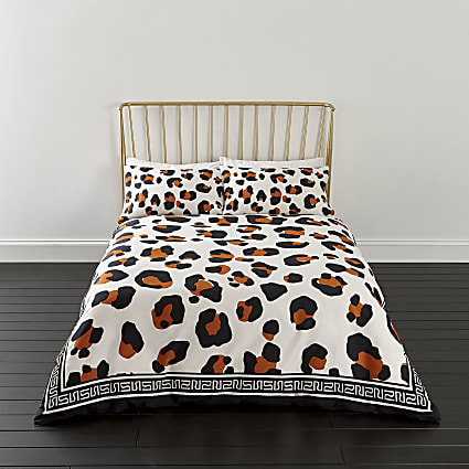 White leopard print king duvet bed set