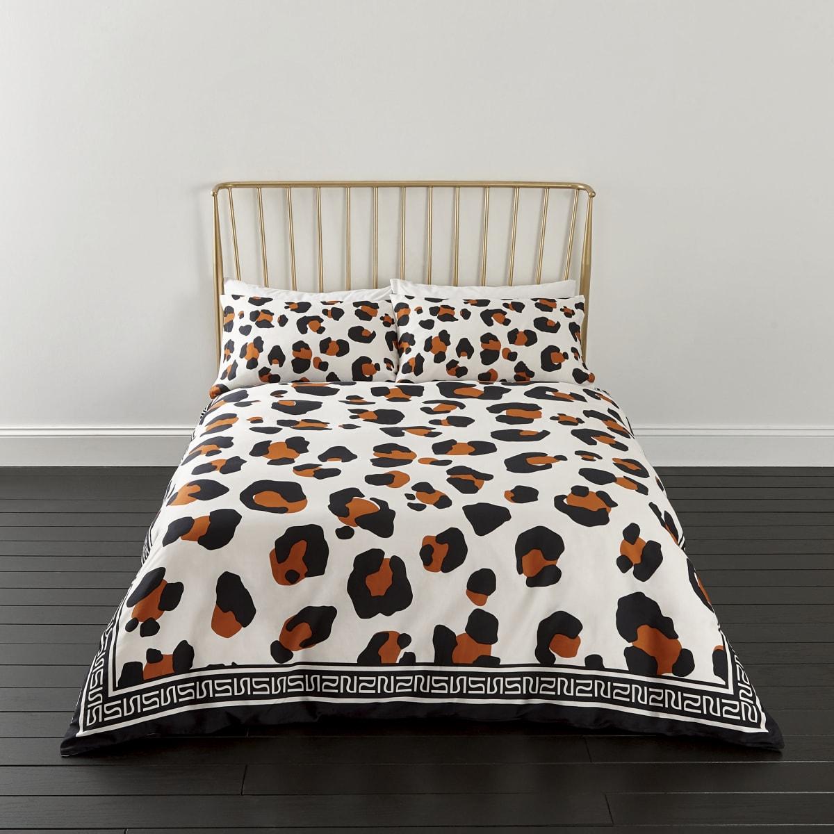 Witte superkingsize dekbedset met luipaardprint
