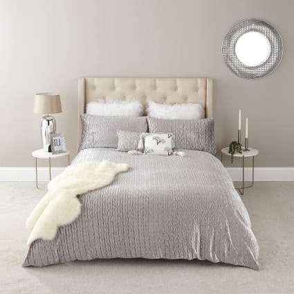 Silver velvet pleated double duvet bed set