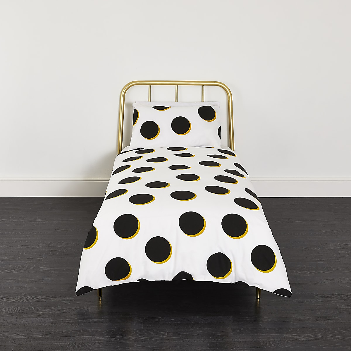Black and yellow spot single duvet bed set