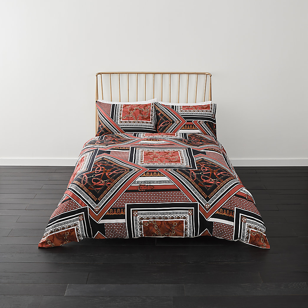 Red spliced print double duvet bed set