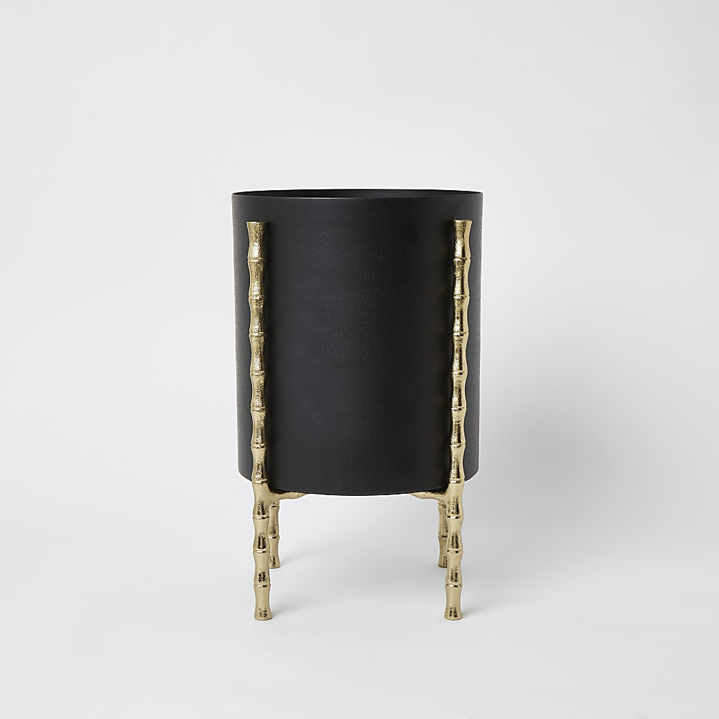 Black large bamboo planter