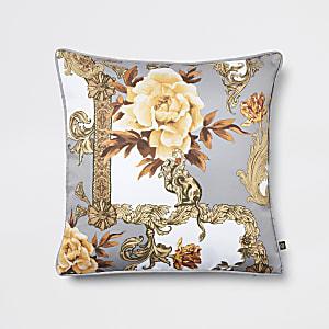 Coussin gris imprimé fleuri style baroque