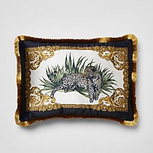 Kissen mit gerüschtem Saum und schwarzem Leoparden-Motiv