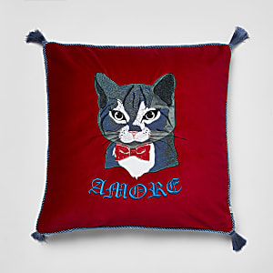 Coussin rouge brodé chat  « Amore »