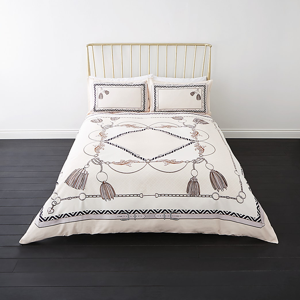 Cream belt print king double duvet bed set