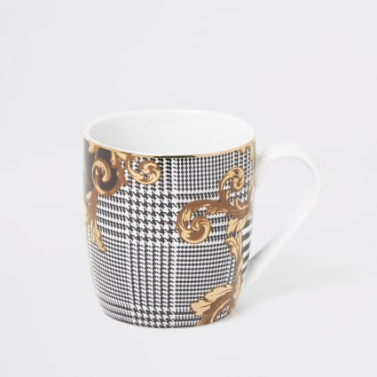 Black houndstooth printed china mug