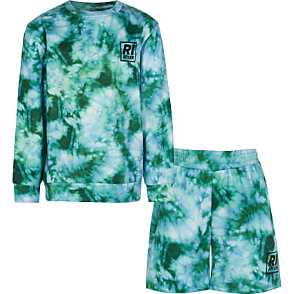 Age 13+ boys green tie dye shorts outfit