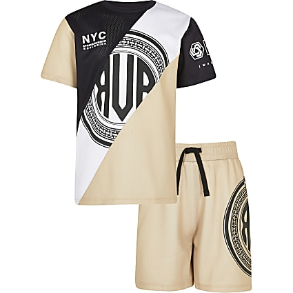 Age 13+ boys mesh t-shirt and shorts set