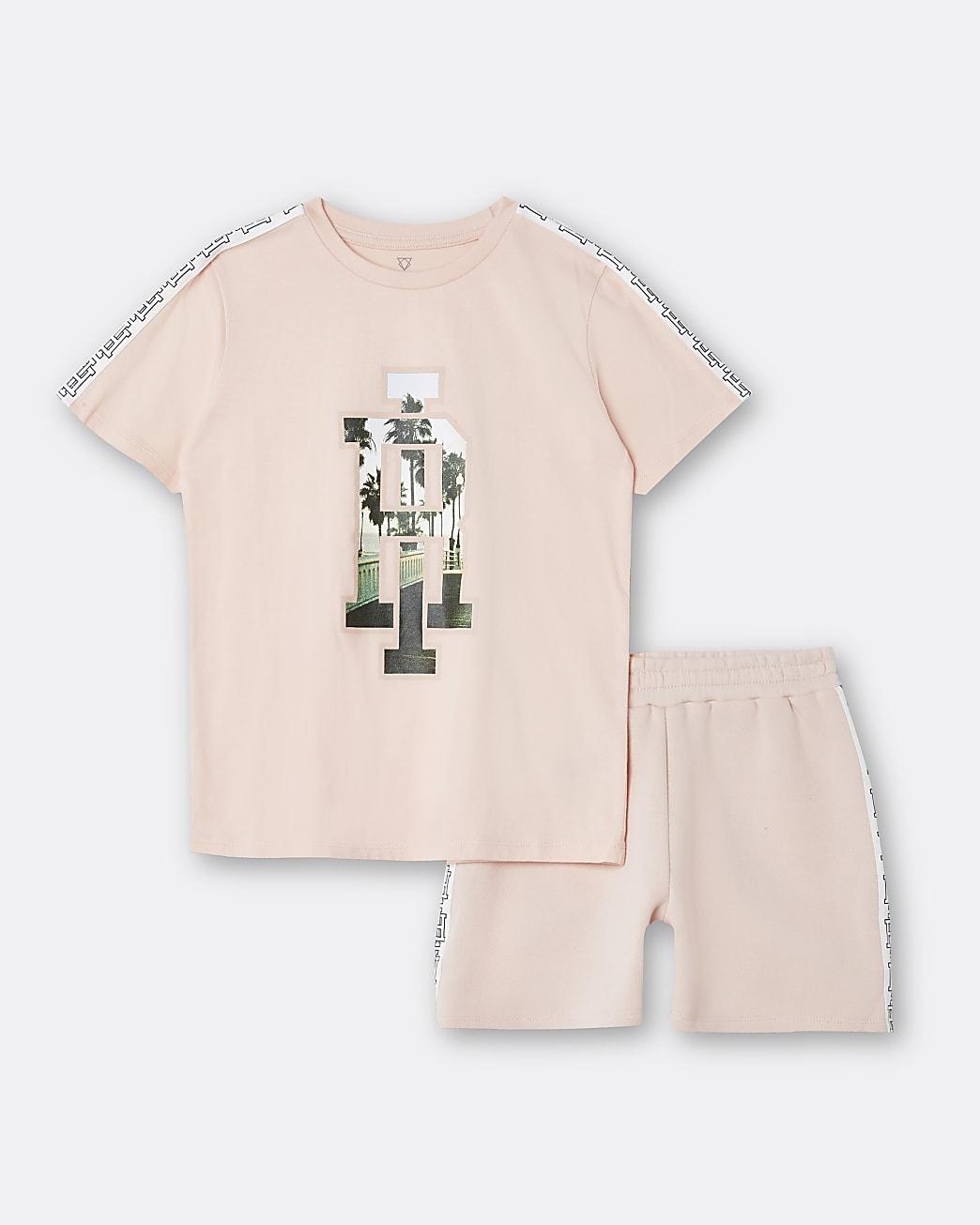 Age 13+ boys pink RI t-shirt and short set