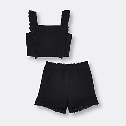 Age 13+ girls black broderie shorts outfit