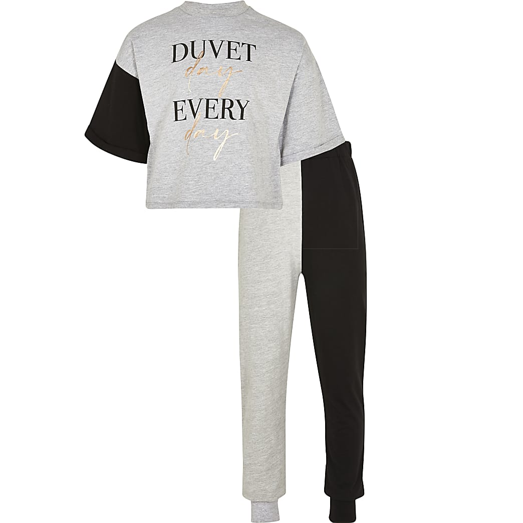 Age 13+ girls black 'Duvet day' pyjama set
