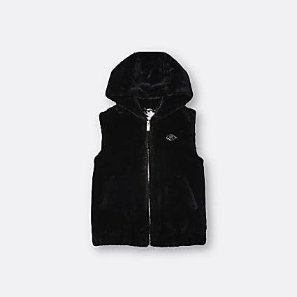 Age 13+ girls black hooded faux fur gilet
