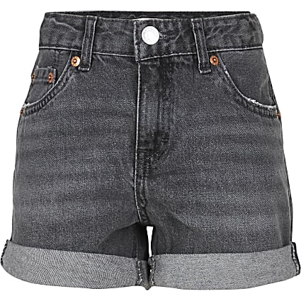 Age 13+ girls black Levi's denim shorts