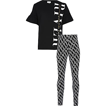Age 13+ girls black monogram leggings outfit